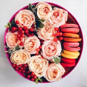 цветочная композиция в коробочках