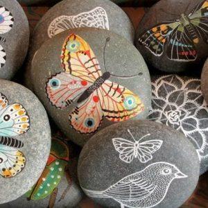 Рисунки на камнях 2