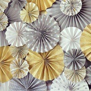 розетка из бумаги, декор стены