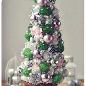 decorative-christmas-trees-with-their-hands-8