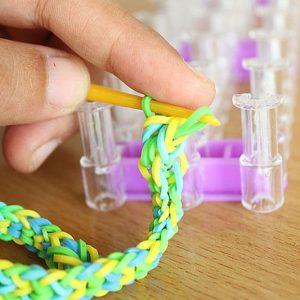 мастер класс по плетению браслетов из резинок_6